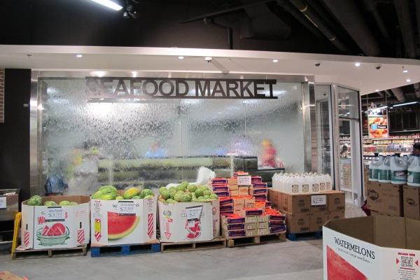 market 015