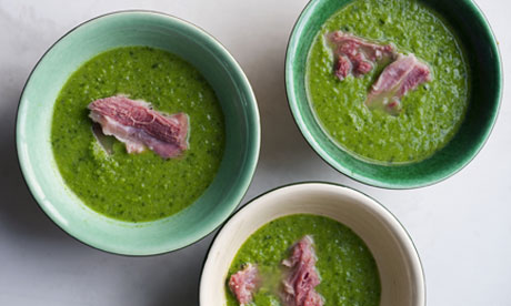 Ham hock with pea and herb soup