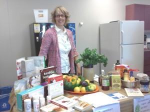 Evelyn Dekleine-Usana Health Science - Back to Earth Nutrition